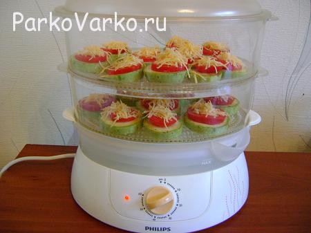 kabachki-v-parovarke-s-pomidorami-