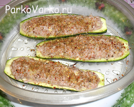 Farshirovannyie-kabachki-v-parovarke
